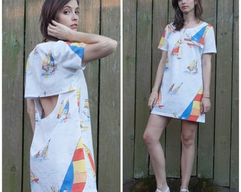 Open back mini dress w VINTAGE windsurfer print fabric // vintage beach summer dress sz. S / M