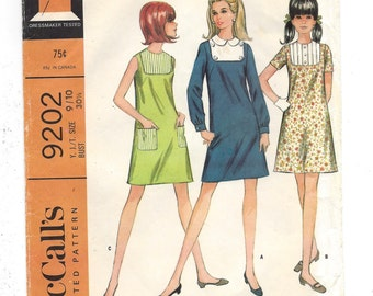1960s McCall's #9202, Young Junior/Teen A-Line Dress in Three Versions, UNCUT FF Sewing Pattern, Size 9/10 Bust 30 1/2