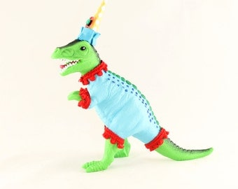 """Party Dinosaur """"Ben""""- cake topper, birthday party and room decor"""