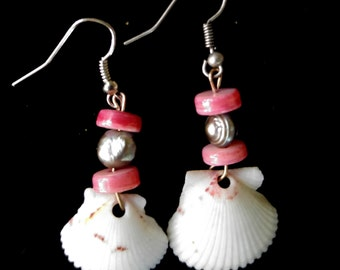 Scallop Shell Earrings  - beach jewelry - unique earrings - vacations earrings - natural jewelry - shell earrings - dangle - natural -