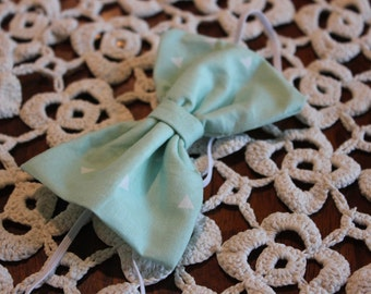 Mint Green Triangle Bow