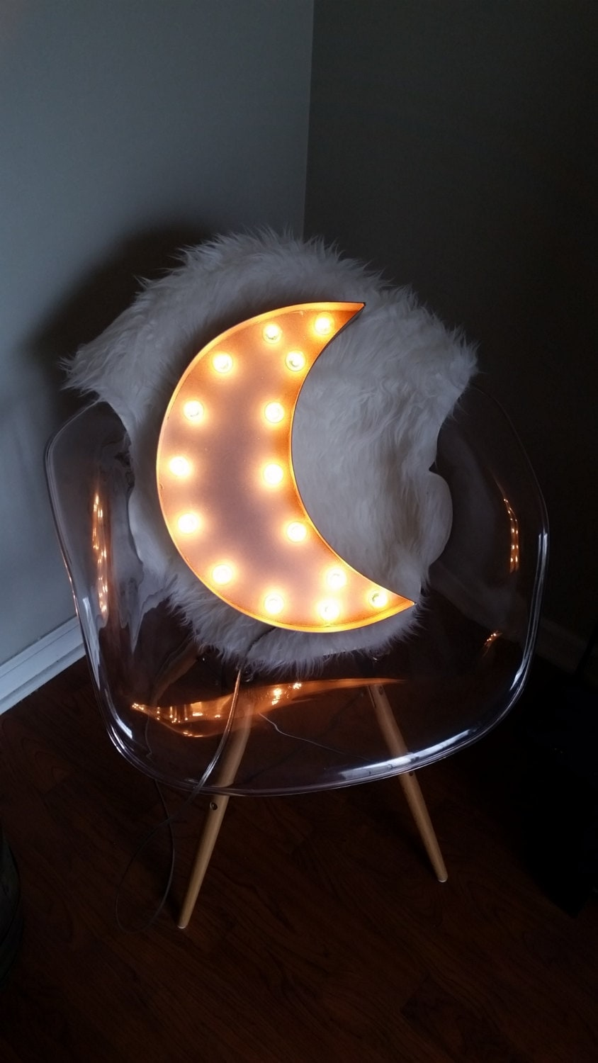 Light Up 18 Crescent Moon Marquee Sign