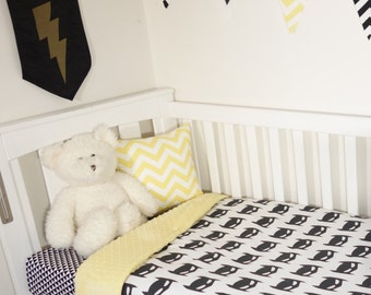 Batman black and yellow - nursery items
