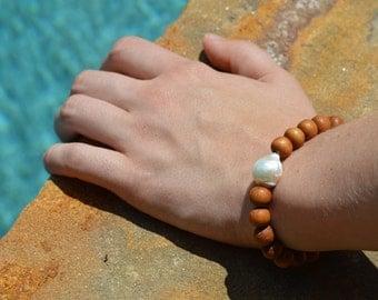 Freshwater Pearl Sandalwood Bracelet, Fireball Pearl, Flameball Pearl, Sandalwood Bracelet, Boho Bracelet, Stackable Bracelet