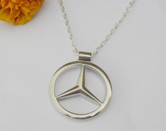 Collares etsy es for Mercedes benz pendant