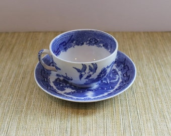 Blue Willow Tea/Coffee Cup and Saucer, Globe Pottery Cobridge England