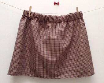 Skirt celebrates small tiles