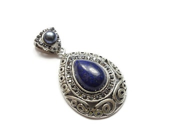 Teardrop Lazuli Gemstone in Ornate Filagree Silver Plated Setting w/ Faux Pearl Bail  GS044