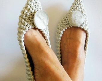 Pointed Toe Shoes, Cotton slippers, Wedding Flats, NON-SLIP, bridal shoes, Gift Wrapping, Crochet, Knitted slippers, Silver Velvet Brooch