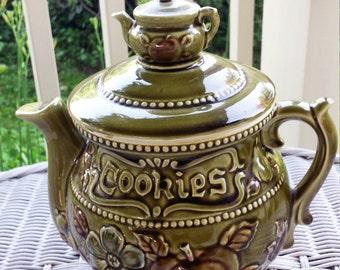 "Vintage 1960s Avocado Green ""Tea Pot"" Cookie Jar"