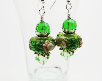 Green Drop Earrings, Green Earrings, Green Crystal Earrings, Crystal Earrings, Drop Earrings, Green Dangle Earrings,  Lampwork Earrings