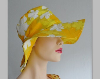 Yellow 70s Flower Power Vintage Hat With Bow // Handmade // Size 51