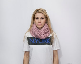 Women's Infinity Cowl - Wool Scarf - Knitted Neckwarmer - Cozy Infinity Scarf - The VERY BERRY in Faded PINK - Women's Cowlneck