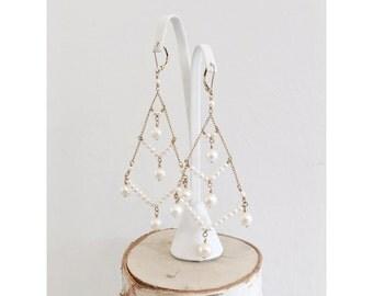 Vintage Bridal 14 karat gold plated genuine fresh water pearl chandelier earrings