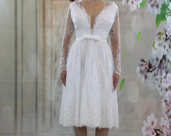 Little dress knee length V neckline long  sleeves wedding dress, beach wedding dress