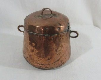 Antique French copper pot, hammered copper stock pot, hand wrought copper pan, lidded copper pot, hand forged copper, French farmhouse chic