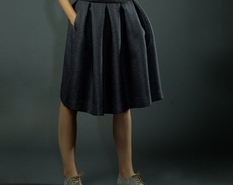 Dark grey folded skirt with pockets