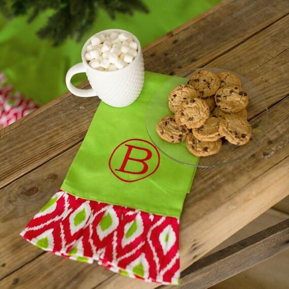 Christmas Kitchen Towel, Monogrammed Christmas Kitchen Towel, Christmas Hand Towel, Holiday Tea Towel, Christmas Home Decor, Hostess Gift