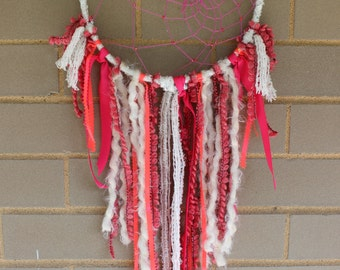 Handmade Dreamcatcher - Hot Pink and White - Urban Outfitters, Free People