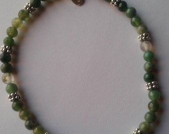 Silver bracelet with agate mossy . Springy
