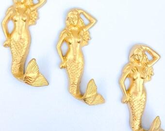 Set of 3 Mermaid Hook ~ Mermaid Decor ~ Beach Wall Hooks ~ Mermaid Key Hook  ~ Gold Mermaid ~ Mermaid Wall Hanging ~ Gold Wall Hooks