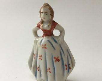 Vintage Japan lady figurine, occupied Japan woman figurine, historical girl figurine, porcelain girl figure, Japan girl figurine