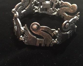 Mexico Pre-Columbian Bird Design Bracelet