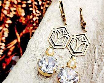 Victorian earrings Victorian jewelry Filigree earrings Double drop earrings Victorian dangle earrings Swarovski crystal earrings Ivory pearl