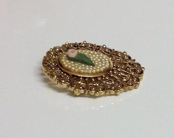 Vintage Brooch | Vintage Victorian Style Pin | Ornate Goldtone Brooch | Brooch Pin