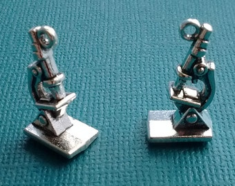 10 Microscope Charms Silver - CS2429