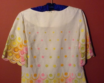 1950s-1960s Rainbow Embroidered + Scalloped Blouse