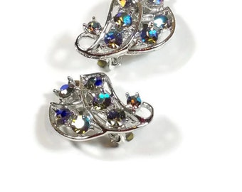 Vintage Blue Rhinestone Earrings Turquoise Aurora Borealis Rhinestone Clip Earrings Silver Tone Vintage Rhinestone Wedding Jewelry