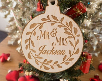 Custom Family Ornament - Personalized Christmas Ornaments - Christmas Decorations - Christmas Decor - Christmas Gift - Wedding Gift