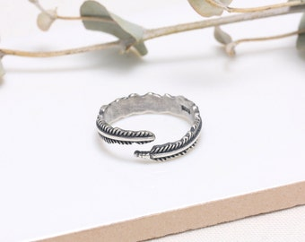 Sterling Silver Feather Warp Open Band Ring
