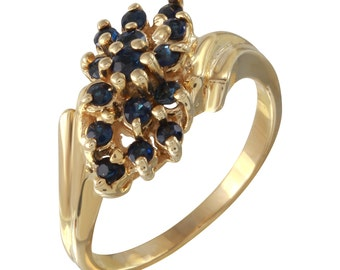 Prong Setting Cluster Sapphire Ring in 14k Yellow Gold (Size 6.5)