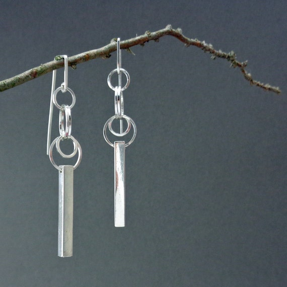 Desian: Dangling Sterling Silver Square Wire Deco Asian Earrings