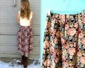 Floral Skirt // Market Days // 90's Grunge // Knee or Ankle Length // Medium or Large // Vintage Floral Skirt
