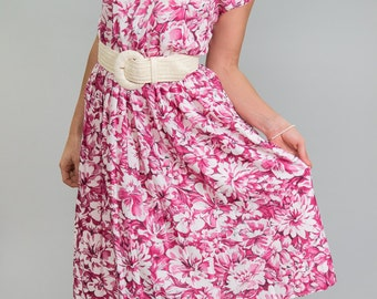 SALE-20% OFF-Vintage Raspberry Pink Floral Day Dress (Size Small/Medium)