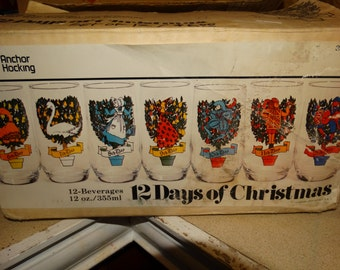 Anchor Hocking 12 Days of Christmas Barware Set of 12 Glasses, Complete Set, 2 Turtle Doves, 6 Geese a Laying, 5 Golden Rings