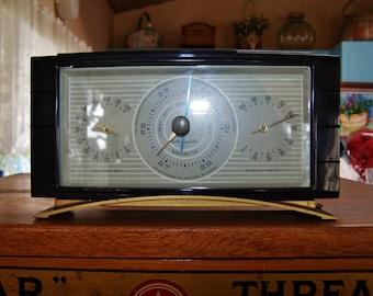 Vintage Desktop Barometer, MCM Barometer, 60s Guage, Weather guage, Airguide, Weather guage