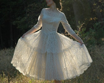 White Lace Wedding Dress... Vintage 80s Does 50s Wedding Dress... Swan Lake Meets Like A Virgin