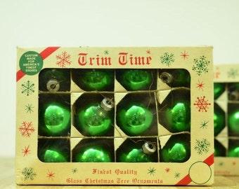 Vintage Shiny Brite Trim Time Holiday Decor Christmas Tree Ornaments: Set of Twelve Green Balls Max Eckardt