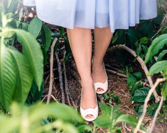 High heel shoes/ peep toe high heel pumps / open toe bridal shoes / vegan shoes / non leather cream shoes / clean classic look / vegan bride
