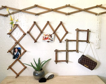Small Wooden Accordion Expandable Peg Rack Wall Hanging - MULTIPLE SELECTIONS