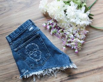 High waist vintage denim shorts Waist 31 | Ripped distressed shorts | Skull embroidered patch denim | Wrangler dark wash hipster festival |
