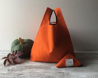 Halloween bag handmade in orange cotton, minimal lunch bag, candy bag, trick or treat bag, pumpkin trick or treat bag, folded shopping bag