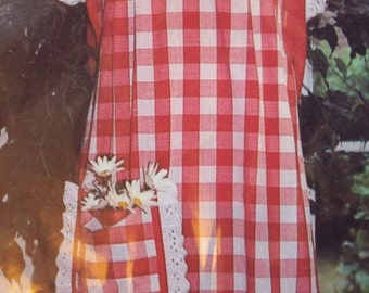 Baking day or egg day apron pattern uncut Kountry Kitchen Kapers