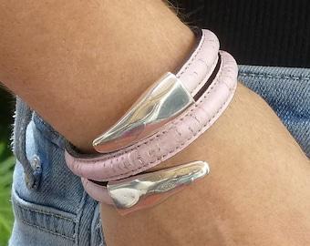 Open Cuff Bracelet, Portuguese Cork Leather Vegan Jewelry, Vegan Leather Bracelet, Eco Friendly Pink Cuff Bracelet, Vegan Wrap Bracelet