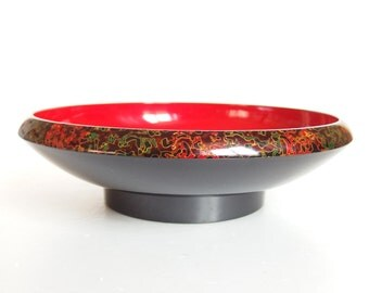 Vintage Japanese Lacquer Bowl. Tsugaru Nuri style lacquerware. Traditional meets mid century modern. Japanese Nikki Lacquer Bowl.