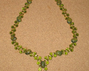 VERY RARE 1950's Antique Schreiner New York Green Inverted Rhinestone Glass Necklace - Museum Quality - MINT Condition - Hollywood Glamour
